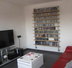 cd-rack van steigerbuis en steigerhout-745