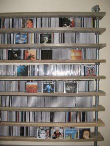 cd-rack van steigerbuis en steigerhout-546