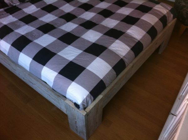 Steigerhouten bed-723