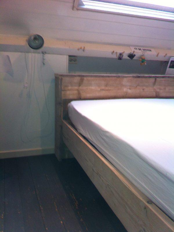 Steigerhouten bed-722
